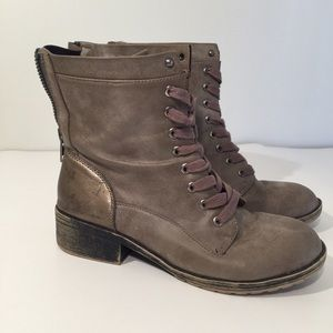 Madden girl tan & gold distressed combat boots 8M